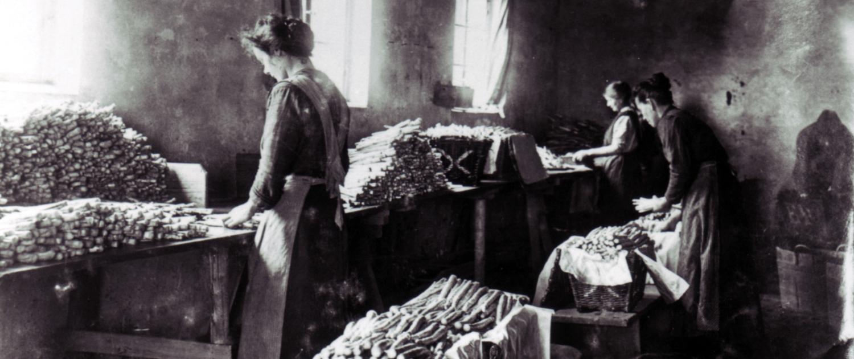 Historische Spargelverarbeitung
