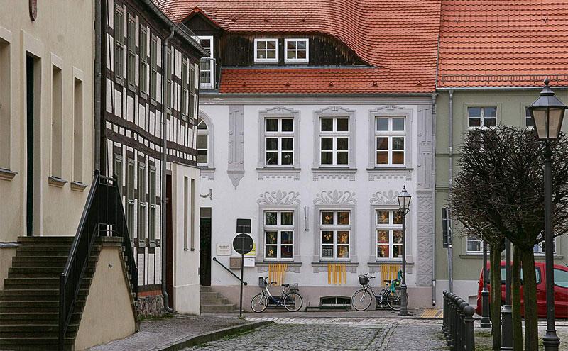 Altstadt zwischen Rathaus und Kirche